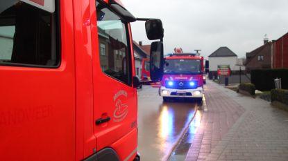 Brandweer gaat voor onvervalst ouderwetse worstenkaarting