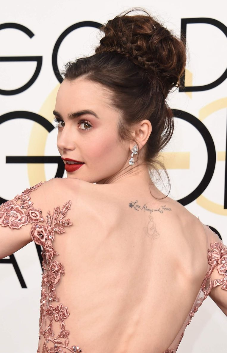 Lily Collins geeft de ballerina bun een make-over