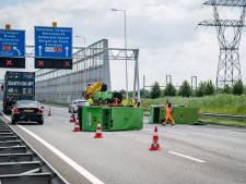 A15 tussen Charlois en Zuidplein weer open na noodaggregaten op de weg