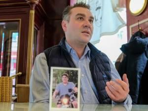 """Le père d'une possible victime belge de l'e-cigarette: """"Que cela sauve d'autres jeunes qui vapotent"""""""
