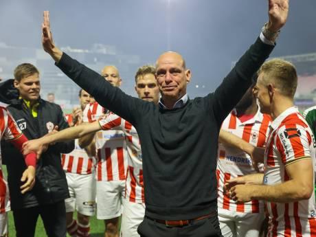 Emotioneel afscheid Klaas Wels: 'TOP Oss zal altijd een speciaal plekje in mijn hart hebben'