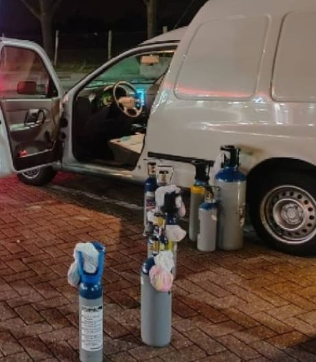 Politie pakt drugsgebruikende lachgaskoerier op tussen Breda en Tilburg