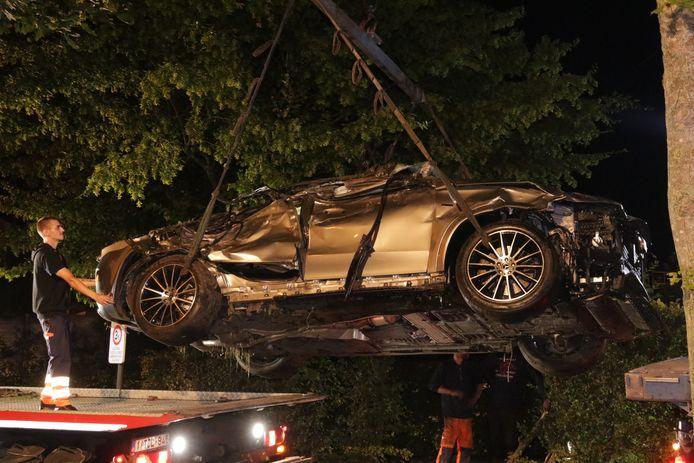 De schade aan de wagen is groot.