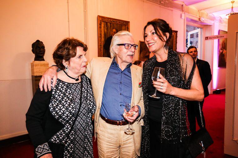 Jan Siebelink met vrouw Gerda en dochter Janneke. Beeld Eva Plevier