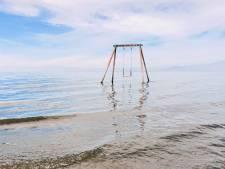 Comment cette plage de rêve a-t-elle pu virer à l'enfer absolu en si peu de temps?