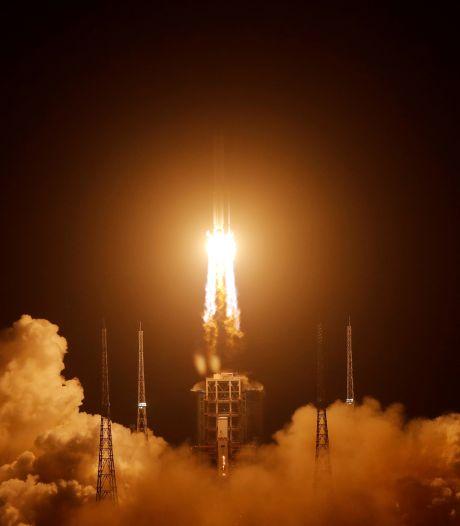 La sonde chinoise Chang'e 5 en route vers la Terre, après sa mission sur la Lune