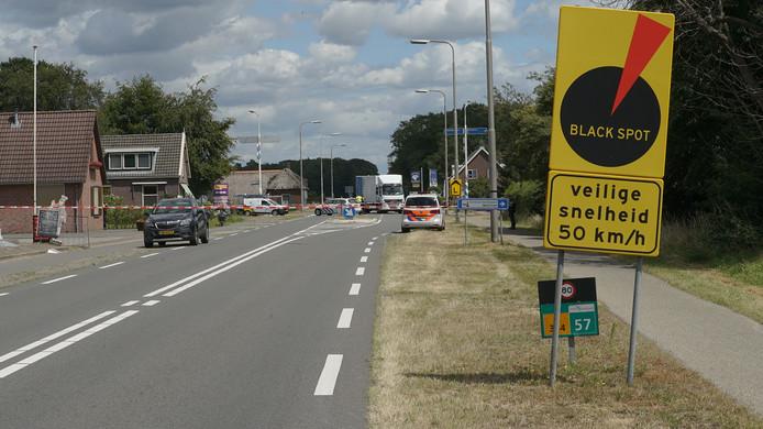 De ongevalslocatie wordt gemarkeerd als 'black spot'.