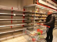 Supermarkten kampen nog steeds met lege schappen
