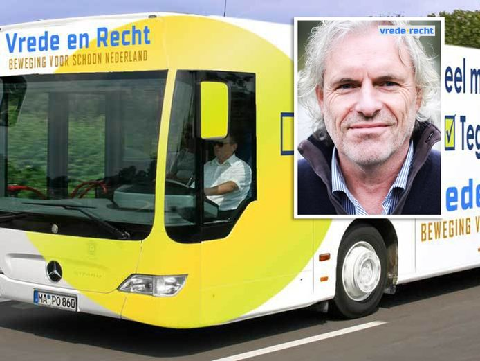 Peter Vlug met een impressie van de bus. Eigen foto's