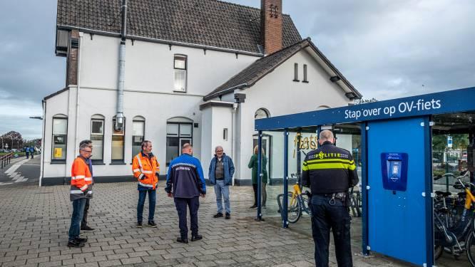 Ook deelnemers aan inspectie station Cuijk moeten even hun plas ophouden
