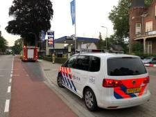 Benzineslang knapt, man doordrenkt met benzine in De Steeg