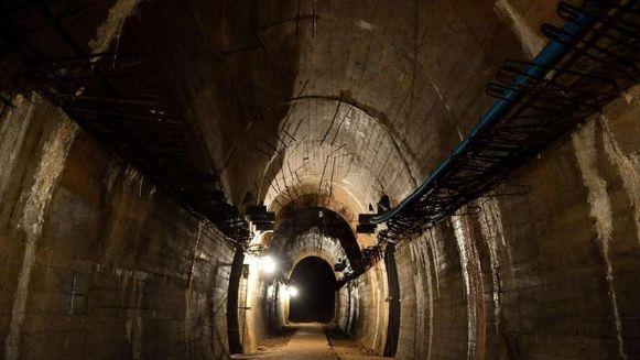 Deze tunnel is onderdeel van het zogenaamde 'Riese complex', een tunnelsysteem dat de Nazi's in de buurt van Waldenburg lieten graven.