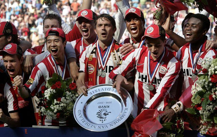 Kluivert vertrekt in 2006 uiteindelijk naar PSV, de club wordt dat seizoen landskampioen. Beeld ANP