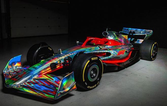 Op Silvestone is de nieuwe Formule 1-bolide gepresenteerd.