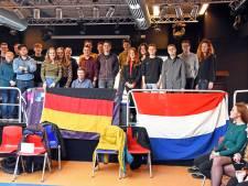 Scholieren uit Duitsland en Hulst onderzoeken samen grenzen en muren