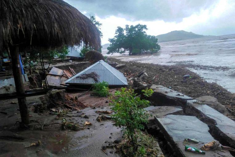 Schade na de overstromingen en landverschuivingen in Lembata. Beeld AFP