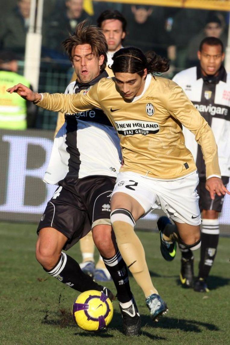 Caceres (Juventus) kreeg rood in de tweede helft. Beeld UNKNOWN