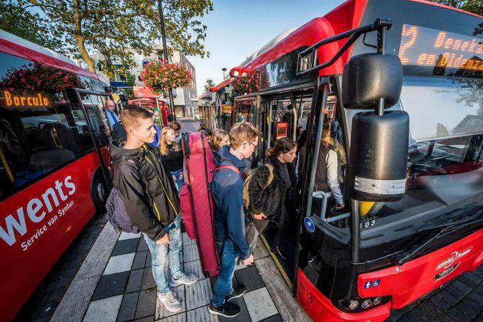 Meerdere bushaltes in Haaksbergen worden uitgerust met displays die actuele reisinformatie geven.