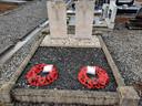 Poppy's voor de twee RAF-piloten