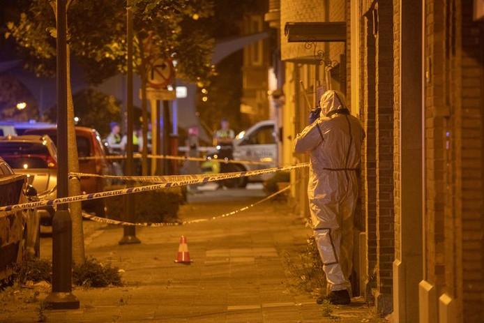 La police a été appelée pour une explosion dans la Marsstraat, dans le quartier anversois de Berchem, au beau milieu de la nuit. Il s'agit plus que probablement d'une attaque à la grenade, un phénomène de plus en plus fréquent dans certains quartiers de la métropole flamande ces derniers mois.