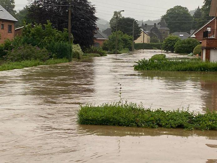 La situation dans certaines rues de Chaudfontaine ce jeudi 15 juillet.
