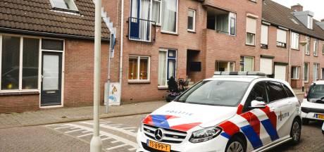 Meerdere huizen binnengevallen in wijk Haagpoort, drie Bredanaars aangehouden voor illegale wapenhandel