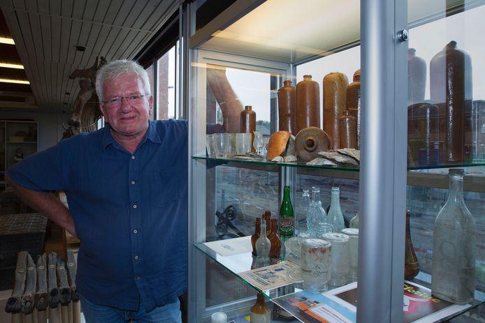 Nico Arts van het Erfgoedhuis in Eindhoven dreigt zijn baan te verliezen