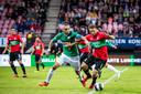 NEC-speler Joey van den Berg (rechts) en FC Dordrecht-speler Antonio Stankov strijden om de bal. De wedstrijd op zaterdag 28 april 2018 eindigde in 3-3.
