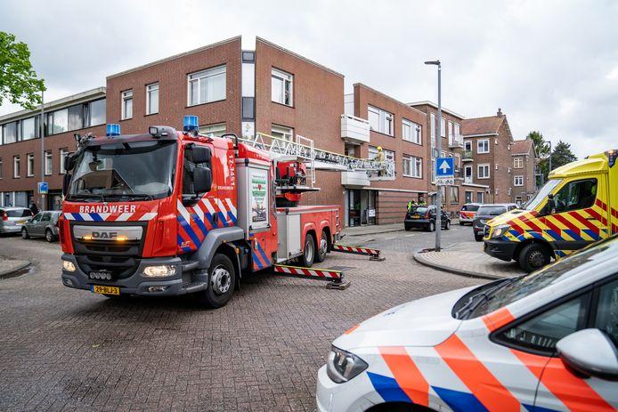 Ambulance, een traumahelikopter, brandweer en politie rukten uit naar Rotterdam-Zuid.