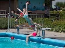 Zwemmen in een Achterhoeks buitenbad? Overal gelden andere regels