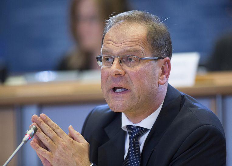 De Hongaar Tibor Navracsics kwam tijdens zijn hoorzitting in grote problemen. Hij heeft als oud-minister de omstreden mediawet in zijn land gesteund en wordt daarom niet geschikt geacht voor de post Cultuur, Onderwijs, Jongeren en Burgerschap. Beeld ap