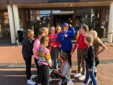Flitsende modeshow Rijssense Hoge Wal maar wel online