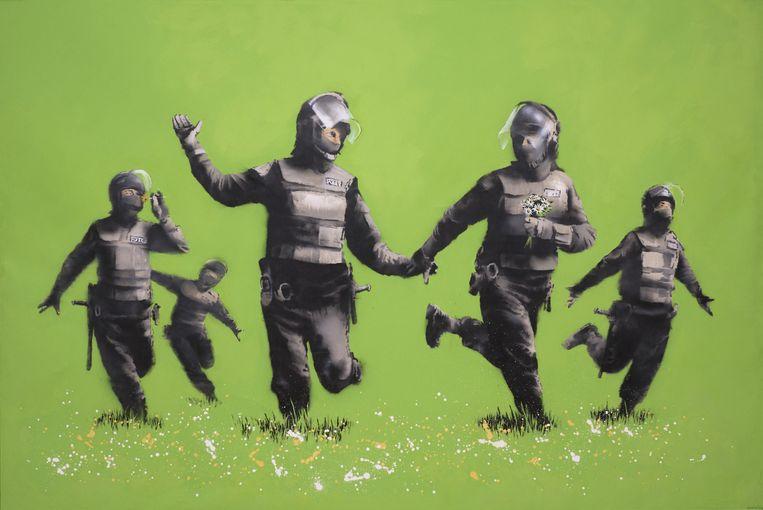 Beanfield, een doek van 3,5 x 2,5 meter van Banksy, is het grootste werk op de openingsexpositie in het Moco Museum. Beeld null