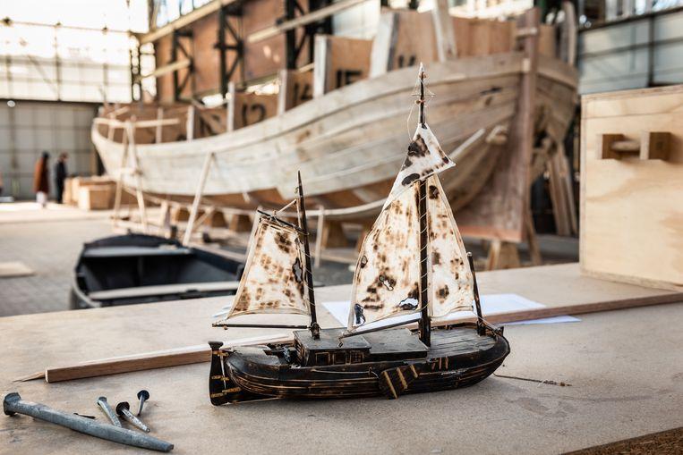 Prototype van de boot die gebouwd wordt.  Beeld Simon Lenskens