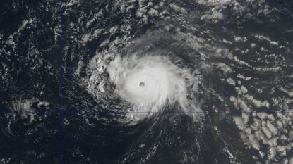 """Orkaan Florence wint snel aan kracht en is nu """"extreem gevaarlijk"""""""