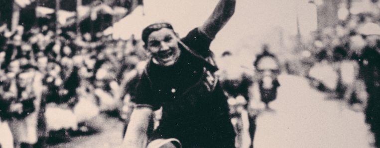 Van de 210 vertrekkers in 1952 haalden 43 renners de aankomst, met Decock als eerste. Hij reed de 258 kilometer in 7 uur en 27 minuten. Beeld Dimitri Van Zeebroeck