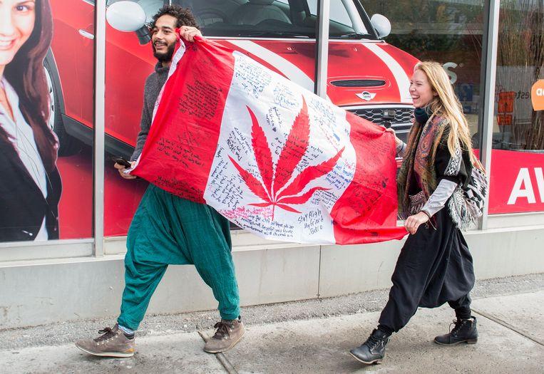 Woensdag 17 oktober gaat voor Canada de geschiedenis in als de dag waarop het recreatief gebruik van marihuana legaal werd.
