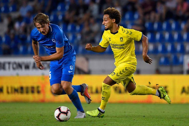 GHany Mukhtar in duel met Sander Berge, eerder dit seizoen in de voorrondes van de Europa League.