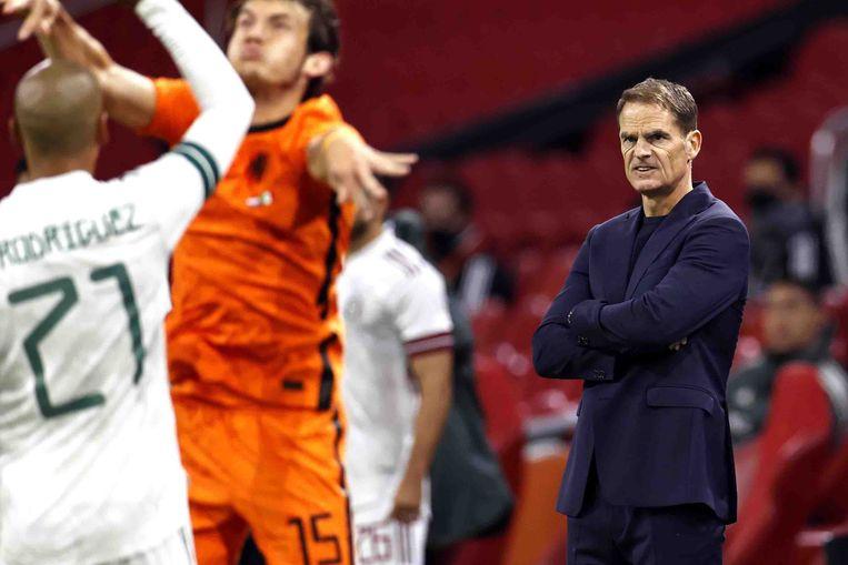 Debuterend bondscoach Frank de Boer staat zich te verbijten. Beeld ANP
