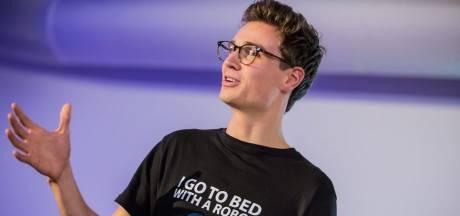 Succespitch bij Dragons' Den bezorgt Julian ware run op slaaprobot