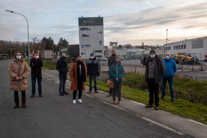 Het comité Wetteren Windstil maakt zich zorgen over de plannen van de bedrijven om twee windturbines te bouwen.