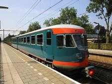De blauwe Engel passeert twee keer station Wijhe