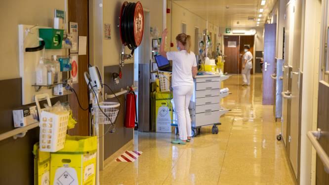 OVERZICHT. Tweede dag op rij meer dan 300 ziekenhuisopnames, bezetting op intensieve zorg stijgt boven de 750