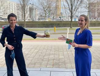 Schepen Beirens kookt vegetarische schotel voor collega's