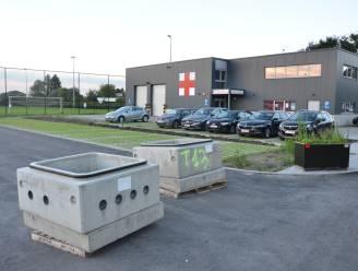 """Moerbeke schenkt 10.000 euro aan Rode Kruis: """"Voor aankoop tweedehands ziekenwagen"""""""