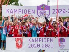 FC Twente viert titel uitbundig: 'Dit is onmeunig mooi'