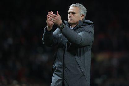 Mooi gebaar: Mourinho steekt bewondering voor Anderlecht-fans niet onder stoelen of banken