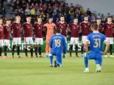 La honte à Prague: des enfants sifflent Glen Kamara pendant tout le match, deux mois après un incident raciste