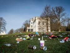 Bezoekers laten na mooie lentedag afvalberg achter in Park Sonsbeek: 'Eén verdrietige troep'