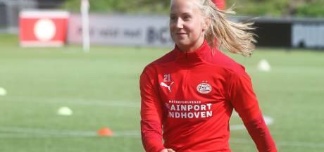 Veldhovense Dana Foederer verlaat PSV Vrouwen voor speelminuten in Friesland